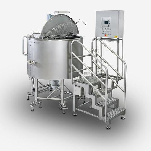 double-jacketed cooker / steam