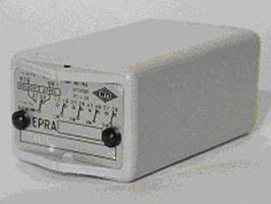 panel-mount protection relay / AC/DC